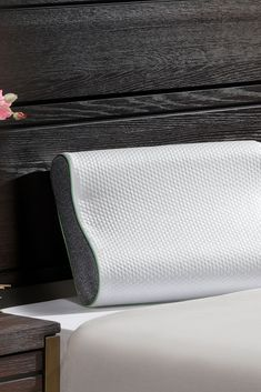 The Bedworks™ Bliss Contour Pillow combines some of today's most sophisticated materials to create a cooling support pillow unlike any other. Custom Mattress, Best Mattress, Platinum Credit Card, Contour Pillow, Sleep Better, Denver, Bliss, Advertising, Profile
