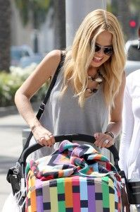 Why didn't they have this design when I got my bugaboo??!!  Love it!  My favorite stroller!