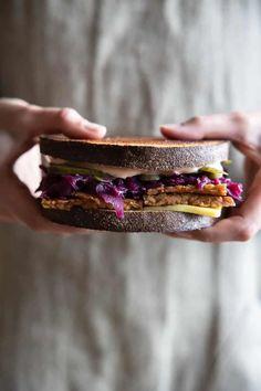 Sandwich Sauces, Reuben Sandwich, Vegan Mayonnaise, Piece Of Bread, Vegan Butter, Vegan Cheese, Other Recipes, Recipe Using