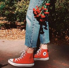 New Fashion Outfits Spring Converse 37 Ideas Tokyo Street Fashion, 90s Fashion, Trendy Fashion, Fashion Shoes, Girl Fashion, Fashion Outfits, Womens Fashion, Fashion Design, Converse Fashion