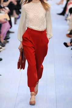 Chloé|Felted stretch-wool twill tapered pants|NET-A-PORTER.COM
