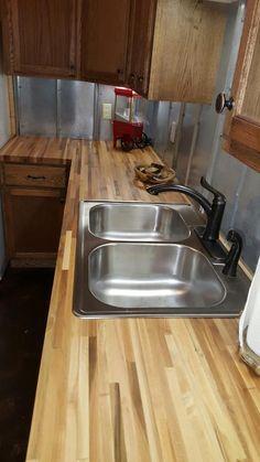 """1 1/2""""x 25"""" x12 lft Maple Butcher Block Countertop - Williamsburg Butcher Block Co.   Lumber Liquidators"""