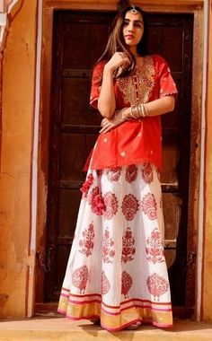 a6e4ef84f014 15 Best Long And Short Kurtis for Skirts In India