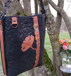 Messenger Bag, Satchel, Shoulder Bag, Quilts, Bags, Handbags, Shoulder Bags, Quilt Sets, Log Cabin Quilts