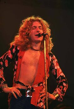 Robert Plant of Led Zeppelin during Led Zeppelin in Concert at. Robert Plant of Led Zeppelin during Led Zeppelin in Concert at Chicago Stadium 1201975 at Chicago Stadium in Chicago Illinois United States Robert Plant Children, Robert Plant Wife, Robert Plant Quotes, Robert Plant Young, Jimmy Page, John Bonham, Hard Rock, Musica Country, El Rock And Roll