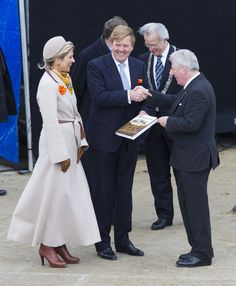 Queen Maxima Photos Photos - King Willem-Alexander of The Netherlands and Queen Maxima of The Netherlands attend the 200th anniversary of the kingdom of The Netherlands on November 30, 2013 in The Hague, Netherlands. - King Willem-Alexander And Queen Maxima Attend 200th Anniversary Celebration Of The Kingdom Of The Netherlands