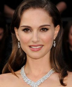 Natalie Portman Will Be the Latest Actress to Play Jackie Kennedy – Onassis…