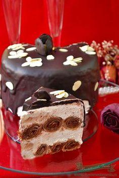 Tort de clatite cu crema de branza si ciocolata Romanian Desserts, Romanian Food, Sweet Treats, Food And Drink, Pudding, Favorite Recipes, Sweets, Snacks, Cookies