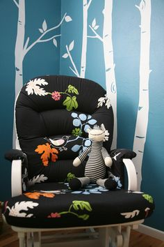 10 DIY Glider & Rocker Makeovers | If I ever REcover it | Love the robins egg and aspen birch painted mural wall