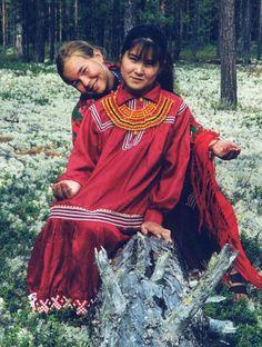 Khanty beauty2 - Коренные малочисленные народы Севера, Сибири и Дальнего Востока Российской Федерации — Википедия