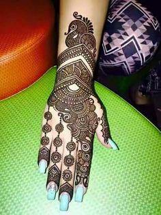 Henna Design By Fatima Latest Bridal Mehndi Designs, Indian Mehndi Designs, Mehndi Designs For Girls, Stylish Mehndi Designs, Mehndi Design Photos, Wedding Mehndi Designs, Beautiful Mehndi Design, Mehndi Images, Latest Mehndi