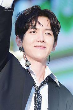 170519 - EXO BAEKHYUN @ Music Bank in Jeonju (cr: kyoong magazine)   Twitter