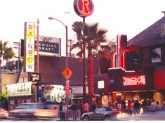 Sunset Strip - Circa 1986 What I wouldn't give to have been there to see Guns N' Roses in their early days. Rainbow Bar, I Love La, San Fernando Valley, Laurel Canyon, Sunset Strip, Valley Girls, Bar Grill, California Dreamin', Famous Places