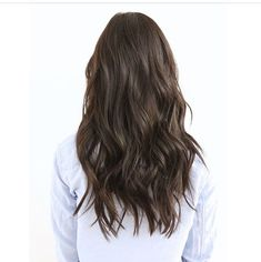 We're obsessed with these waves! Try a cream wax like this one from popular brand Rahua to give soft, piecey texture