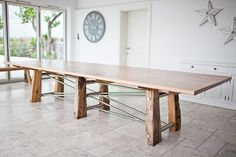 David Ames - Contemporary dining table hand made in an English pippy oak, supported by legs made from 100 year oak reclaimed from the old Hastings sea defences, all held together by a stainless steel frame. Furniture Direct, Bespoke Furniture, Funky Furniture, Home Furniture, Stainless Steel Dining Table, Oak Dining Table, Dining Room, Contemporary Dining Table, Garden Table