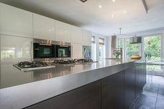 Compleet gemoderniseerde villa met garage | In groene, rustige woonomgeving te Son en Breugel | Juralaan 4, SON EN BREUGE