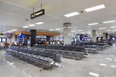 Malta Airport -  meeting seating system