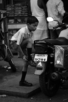 On the Street…After School, Mumbai - http://pinterestcenter.com/on-the-streetafter-school-mumbai/