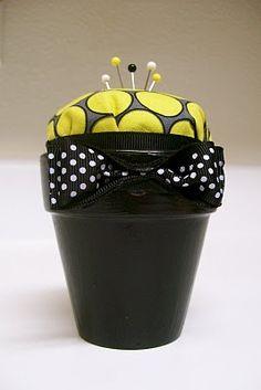Flower Pot Pin Cushion | my yellow umbrella