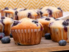 Blueberry Cream Cheese Muffins | Divas Can Cook