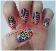 Unghiutze colorate-Happy nails: Alphabet nail art challenge - Letter T