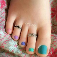48 Adorable Easy Toe Nail Designs You Will Love Simple Toe Nails, Pretty Toe Nails, Cute Toe Nails, Sexy Nails, Pretty Toes, Feet Nail Design, Toe Ring Designs, Nice Toes, Painted Toes