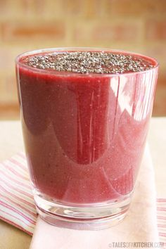 Cleansing and energizing red smoothie