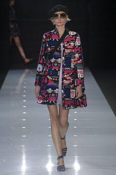 http://www.vogue.de/fashion-shows/london-fashion-week/fruehjahr-sommer-2018/emporio-armani