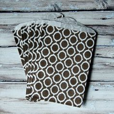 brown patterned favor bags