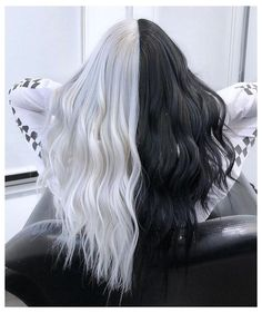 The Effective Pictures We Offer You About half and half hair color curly A quality picture can tell Pretty Hair Color, Hair Color Purple, Hair Dye Colors, Hair Color For Black Hair, Green Hair, Black White Hair, Long White Hair, Pastel Blue Hair, Black And Blonde