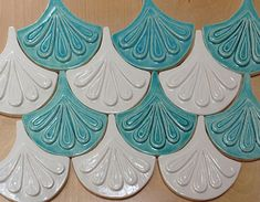 Moroccan Fish Scale tile, 1 square foot 12 tile mixed white gloss and turquoise, kitchen backsplash or bath Geometric Tiles, Geometric Shapes, Mermaid Tile, Craftsman Tile, Fish Scale Tile, Prairie Style Houses, Fish Scales, Handmade Tiles, Scroll Saw Patterns