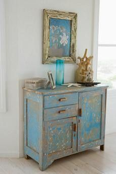 love the blue distressed look!