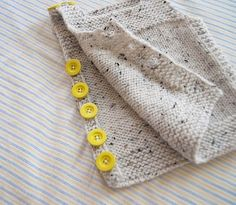 Knitted Boys and Girls Baby Sweater, Vest Cardigan Patterns - Knitting, Crochet Love Crochet Toddler, Crochet Baby, Knit Crochet, Knitting For Kids, Baby Knitting Patterns, Crochet Patterns, Knit Baby Dress, Knitted Baby Cardigan, Yarn Projects