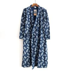 Male Simple Japanese kimono robes men summer long sleeved 100% cotton bathrobe  fashion casual waves dressing gown men bathrobe 930ceb6d8