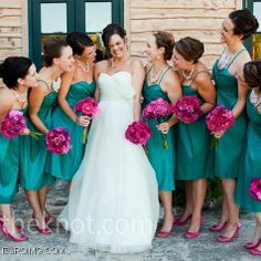 Love the bouquets!  Would look amazing with black dresses.