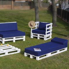 Pallet Furniture Designs, Pallet Garden Furniture, Wooden Pallet Projects, Diy Furniture, Outdoor Furniture Sets, Outdoor Decor, Terrace Design, Patio Design, Wood Design