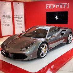 Ferrari 488.
