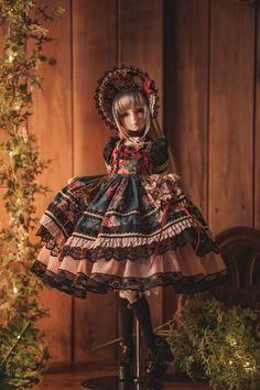 Twitter Doll Dress Patterns, Doll Sewing Patterns, Clothes Patterns, Anime Dolls, Bjd Dolls, Pretty Dolls, Beautiful Dolls, Doll Videos, Human Doll