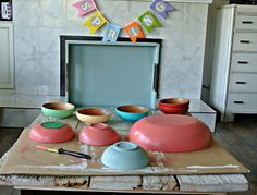 chalk paint and wooden bowls. Love the spring colors