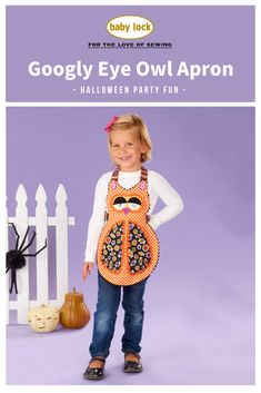 Decorative trim and Halloween fabric make this owl apron a hoot! // Project instructions are available through the link.