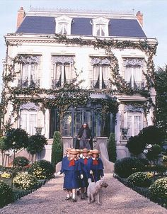 "pictures of old mansard roof houses | ... ..."" // french mansion with mansard roof and ivy, madeline's house"
