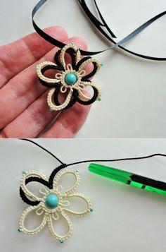 Yarnplayer's Tatting Blog: Double Flower Using Celtic Shuttle