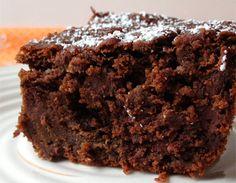 Descubre como hacer una deliciosa tarta de chocolate para chuparse los dedos con quinoa y chocolate. Yummiie!