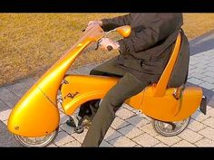 Portable Scooter Folds to Appear Like Wheeled Luggage