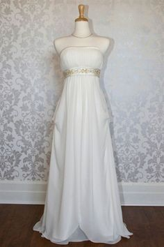 Roman Style Wedding Dress. Love how simple. Would add turquoise band instead of gold.