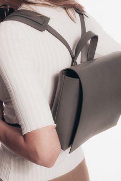 SYLVIA backpack grey | Janessa Leone