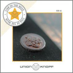 Star of the week – KW#45 Aus der Herbst/Winter-Kollektion 14/15 der DOB: Universell einsetzbarer Lederknopf zum Abschrauben im Collegestil! #unionknopf #lederknopf
