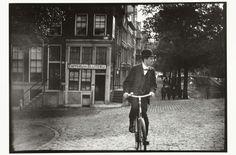 Fietser op de Prinsengracht in Amsterdam, George Hendrik Breitner, Harm Botman, ca. 1890 - ca. 1910