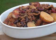 Slow cooker cowboy casserole - meat, potato & beans!