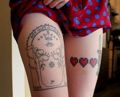 On right side of ribcage and hip